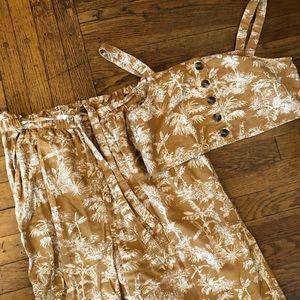 Two piece set 🌼 Crop tip + wide leg pant